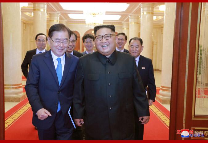 Ким Чен Ын и делегация спецпосланника Мун Чжэ Ина 3