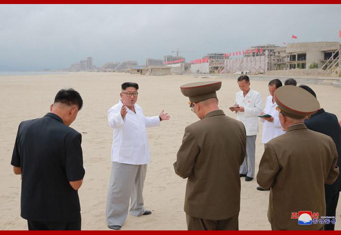 Ким Чен Ын в Кальмаском приморском туррайоне Вонсана 1