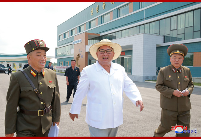 Ким Чен Ын на Самчхонской сомоводческой ферме 1