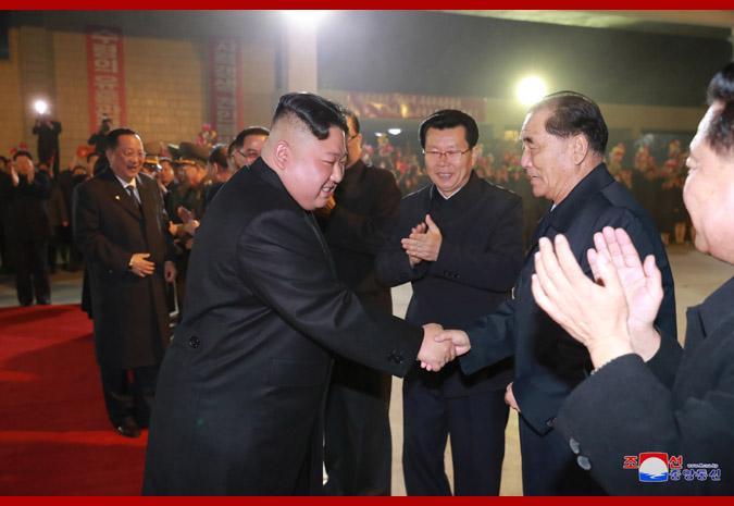 Ким Чен Ын отправился с визитом в Россию 2