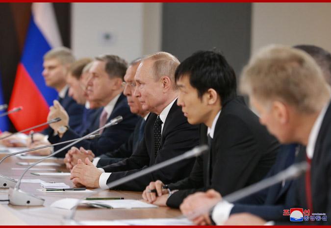 Ким Чен Ын провел переговоры с Путиным 3