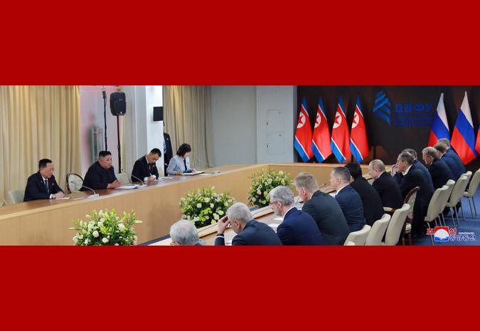 Ким Чен Ын провел переговоры с Путиным 4
