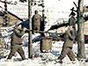 Заключённые работают в трудовом лагере Северной Кореи